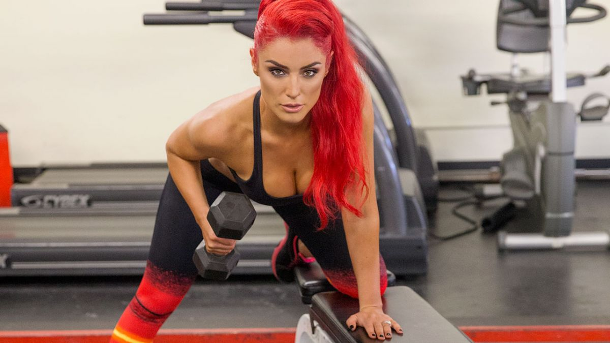 WWE - EVA MARIE Muscle & Fitness Hers