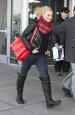 <ARGOT ROBBIE at JFK Airport in New York 2502
