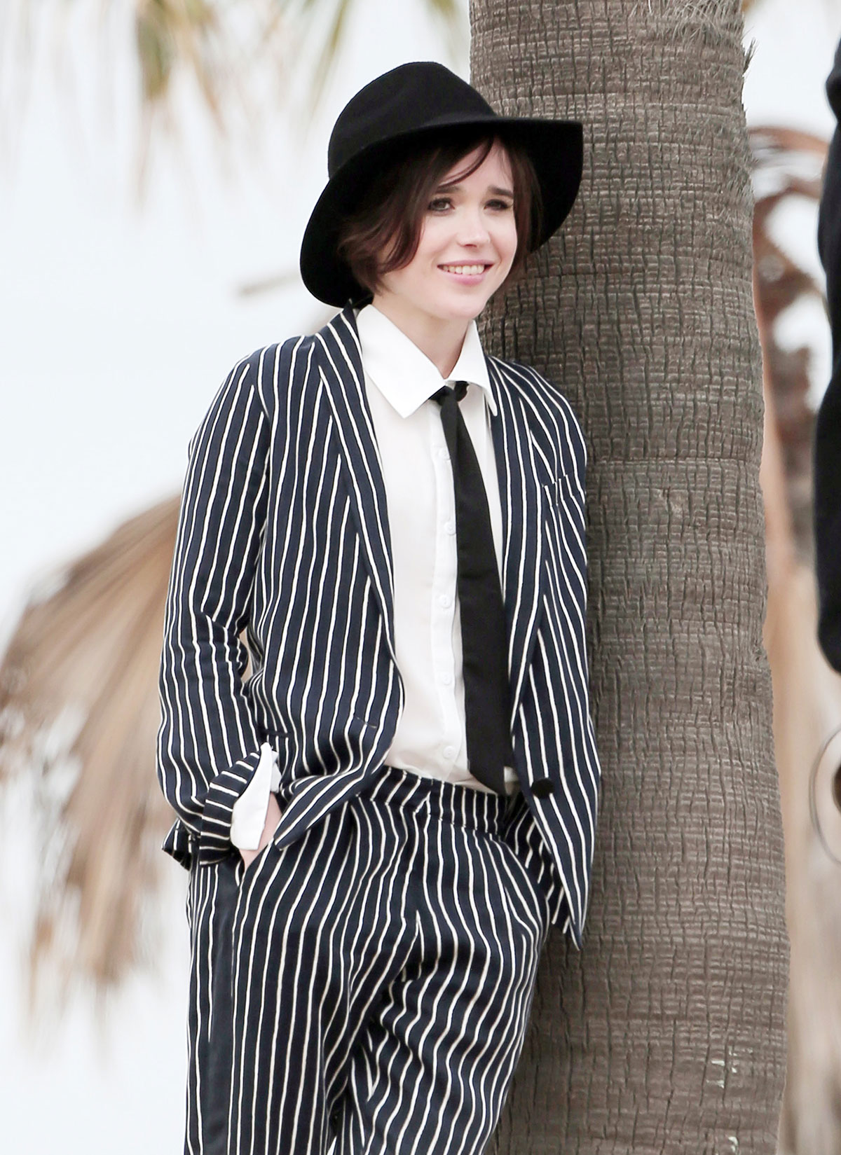 Photo Page: ELLEN PAGE On A Set Of Photoshoot In Los Angeles
