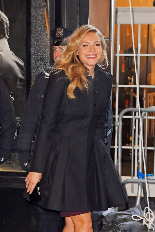 ELOISE MUMFORD Leaves the Ziegfeld Theater