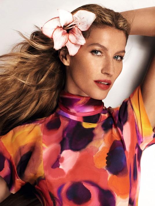 GISELE BUNDCHEN - Vogue Magazine Photoshoot