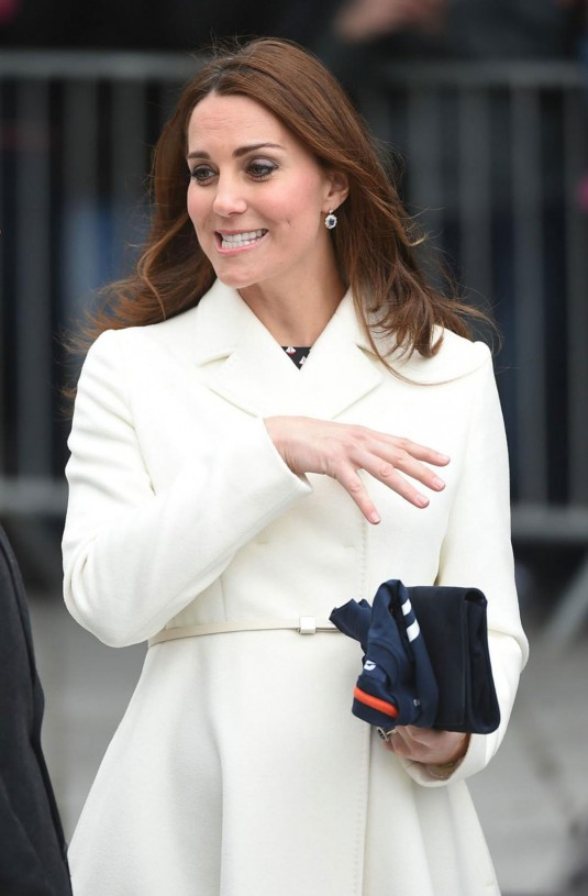 KATE MIDDLETON Out in London