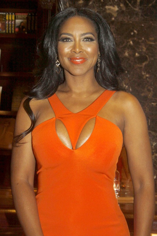KENYA MOORE at Celebrity Apprentice Bloodbath