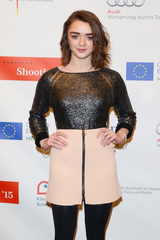 MAISIE WILLIAMS at Shooting Stars Photocall