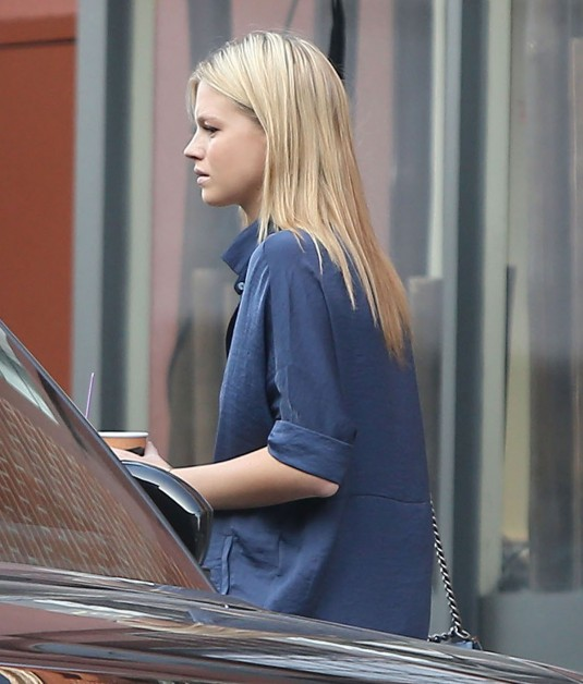 NADINE LEOPOLD Out in Los Angeles
