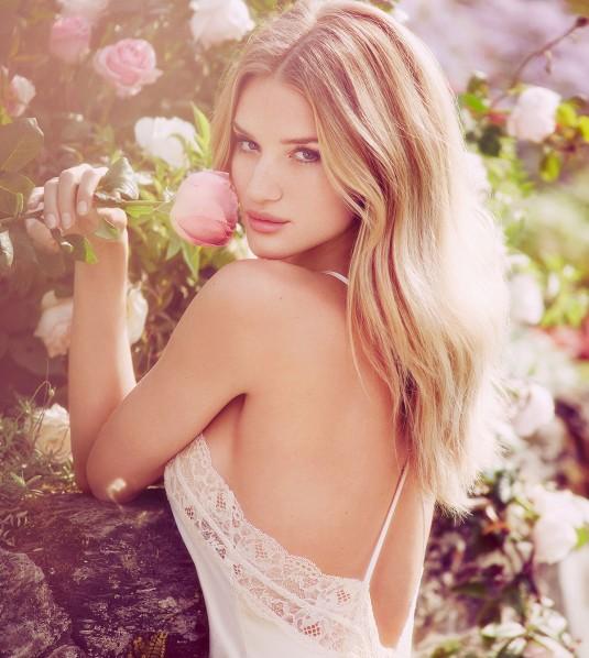 ROSIE HUNTINGTON-WHITELEY - Marks & Spencer Promos