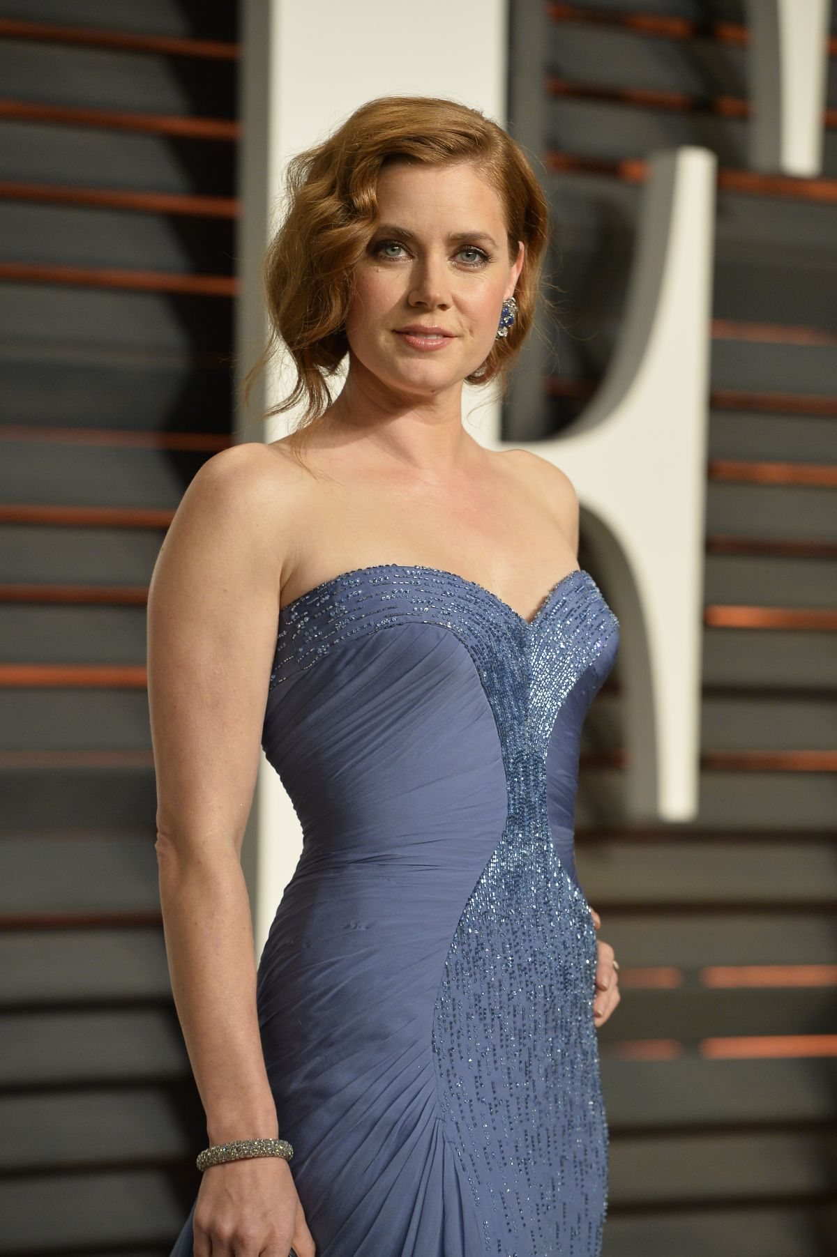 AMY ADAMS at Vanity Fair Oscar Party in Hollywood - HawtCelebs ... Amy Adams