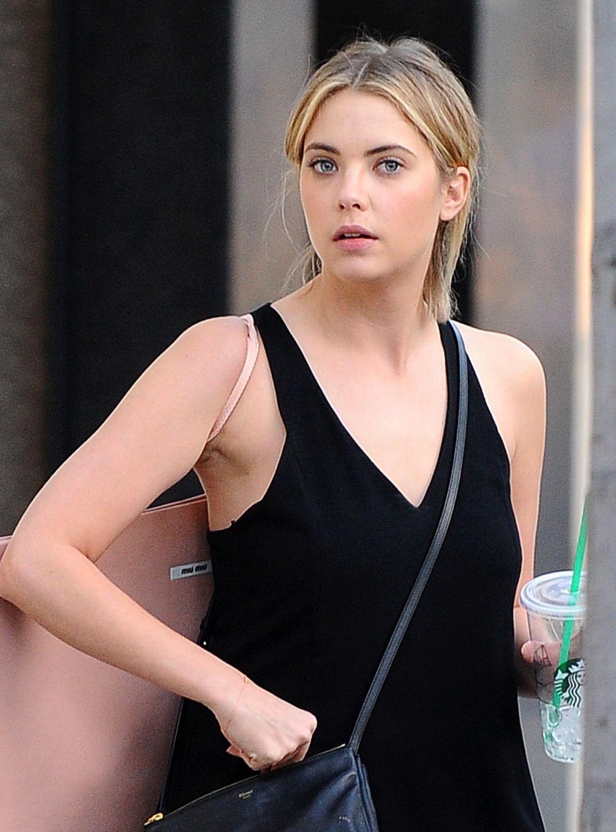Ashley Benson Talks Chronically Metropolitan Dating: ASHLEY BENSON Out Shopping In Beverly Hills