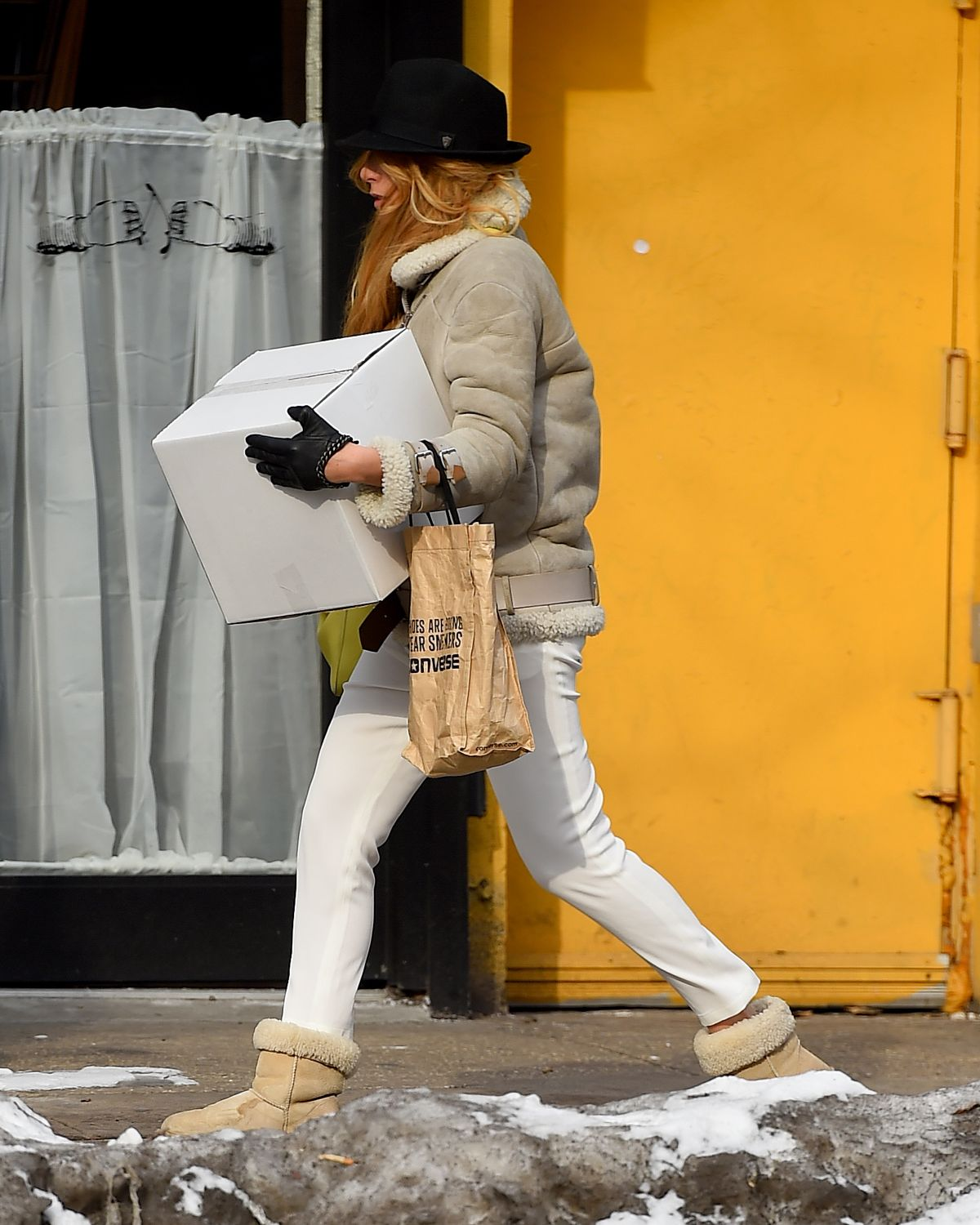 BLAKE LIVELY Out and About in New York 1902
