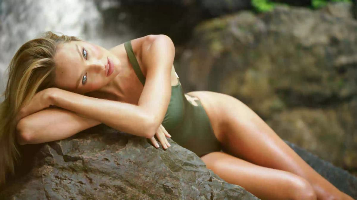 CANDICE SWANEPOEL - VS Swim Special Candice