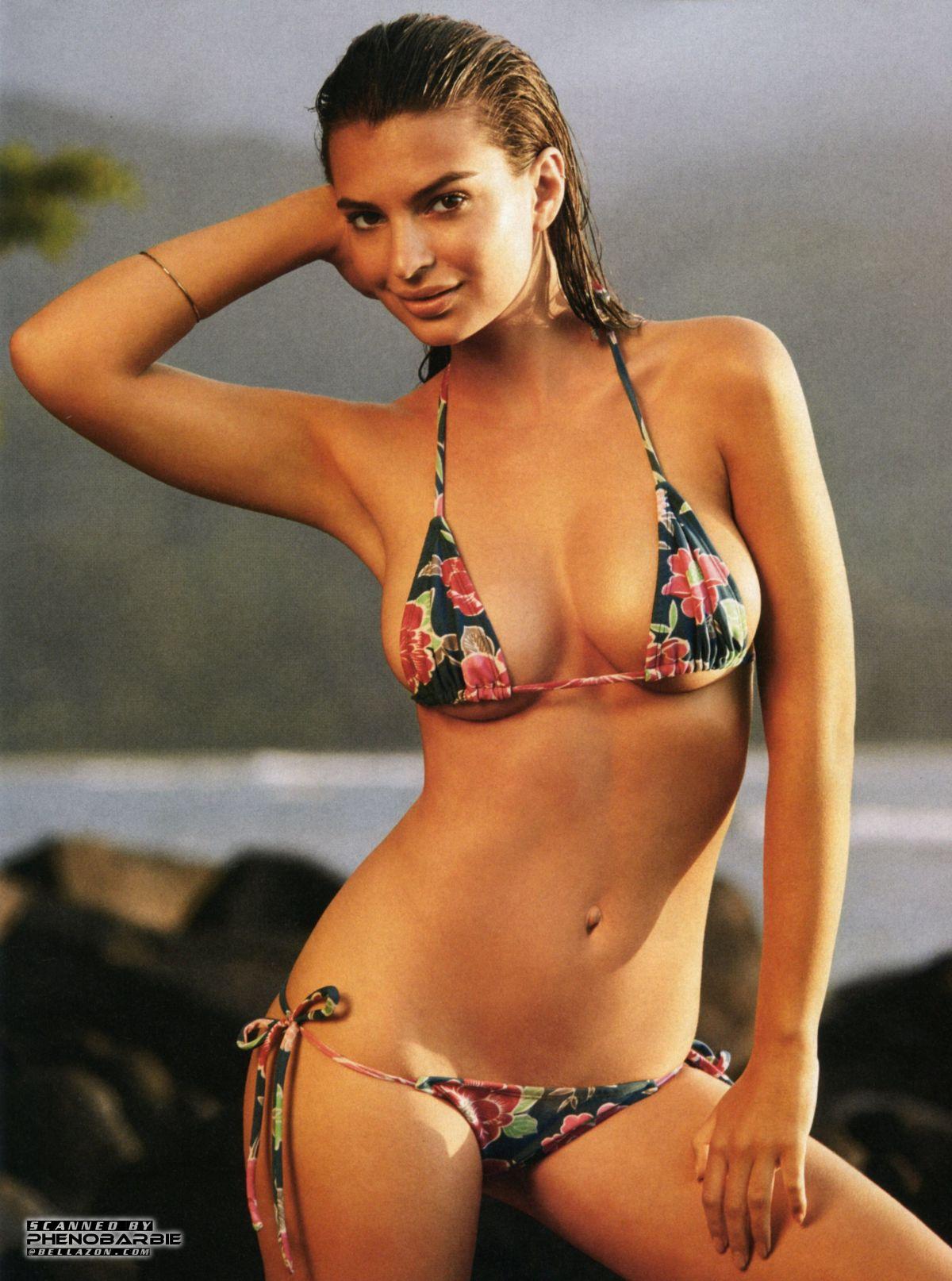 EMILY RATAJKOWSKI in Sports Illustrated Swimsuit 2015 Issue ...
