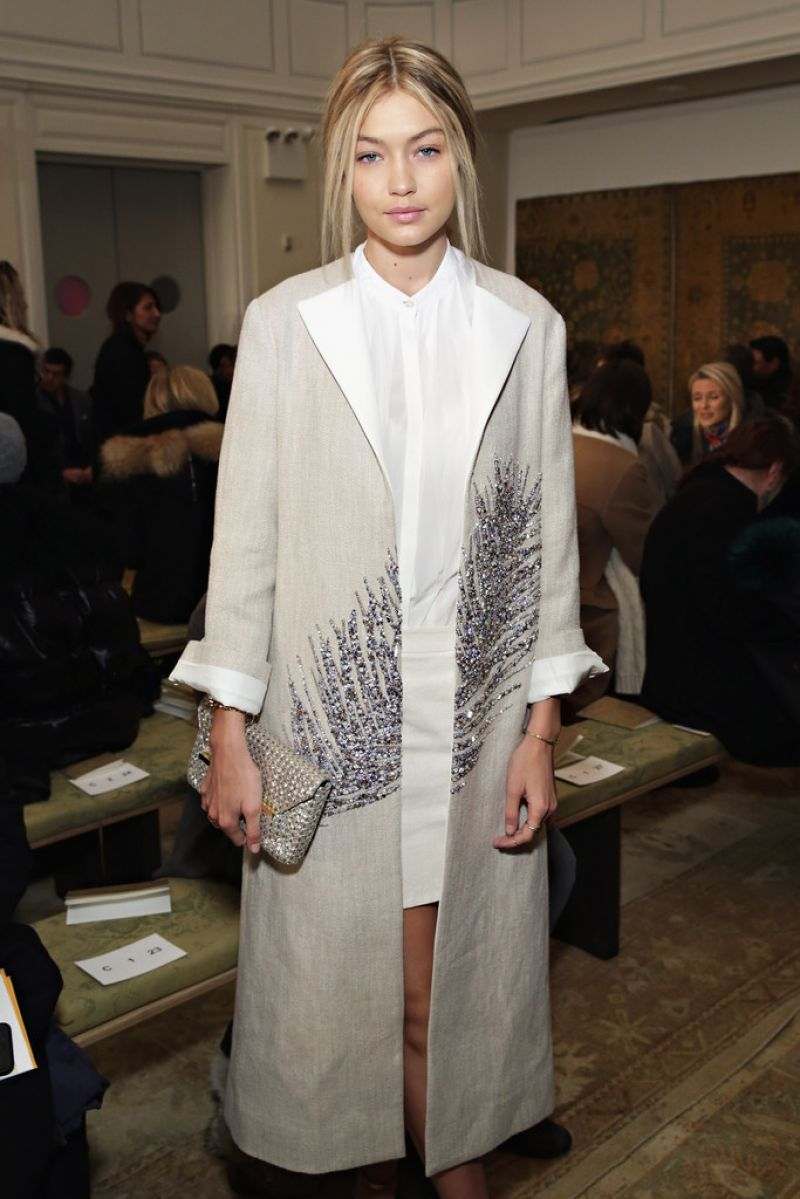 Gigi hadid at tory burch fall 2015 fashion show in new york