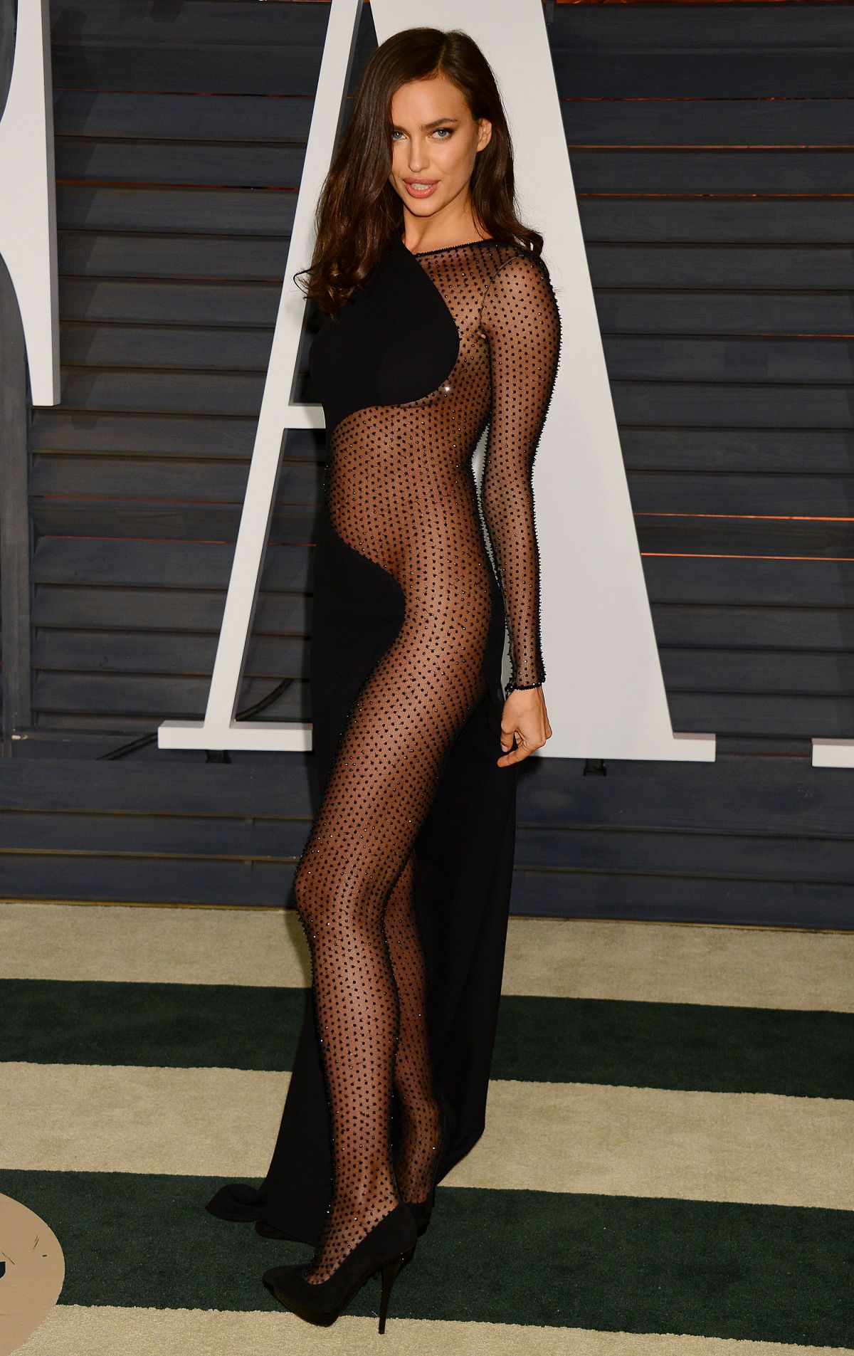 IRINA SHAYK at Vanity Fair Oscar Party in Hollywood
