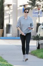 JENNIFER GARNER Out and About in Los Angeles 2602