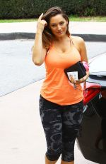 KELLY BROOK Arrives at a Gym in Los Angeles 2602