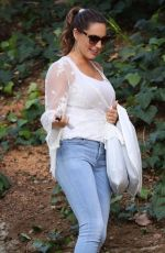 KELLY BROOK in Tight Jeans Out and About in Beverly Hills