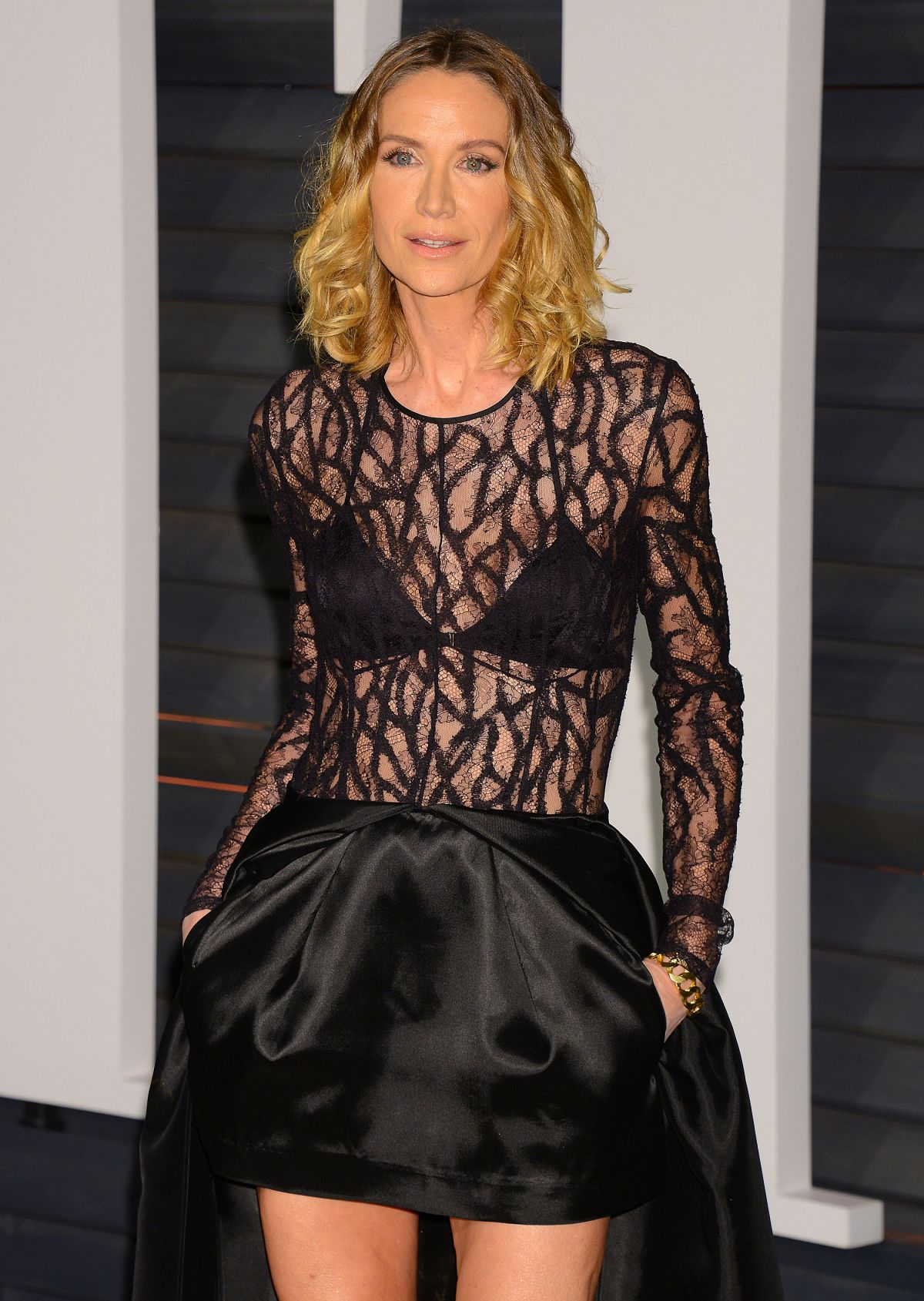 KELLY LYNCH at Vanity Fair Oscar Party in Hollywood