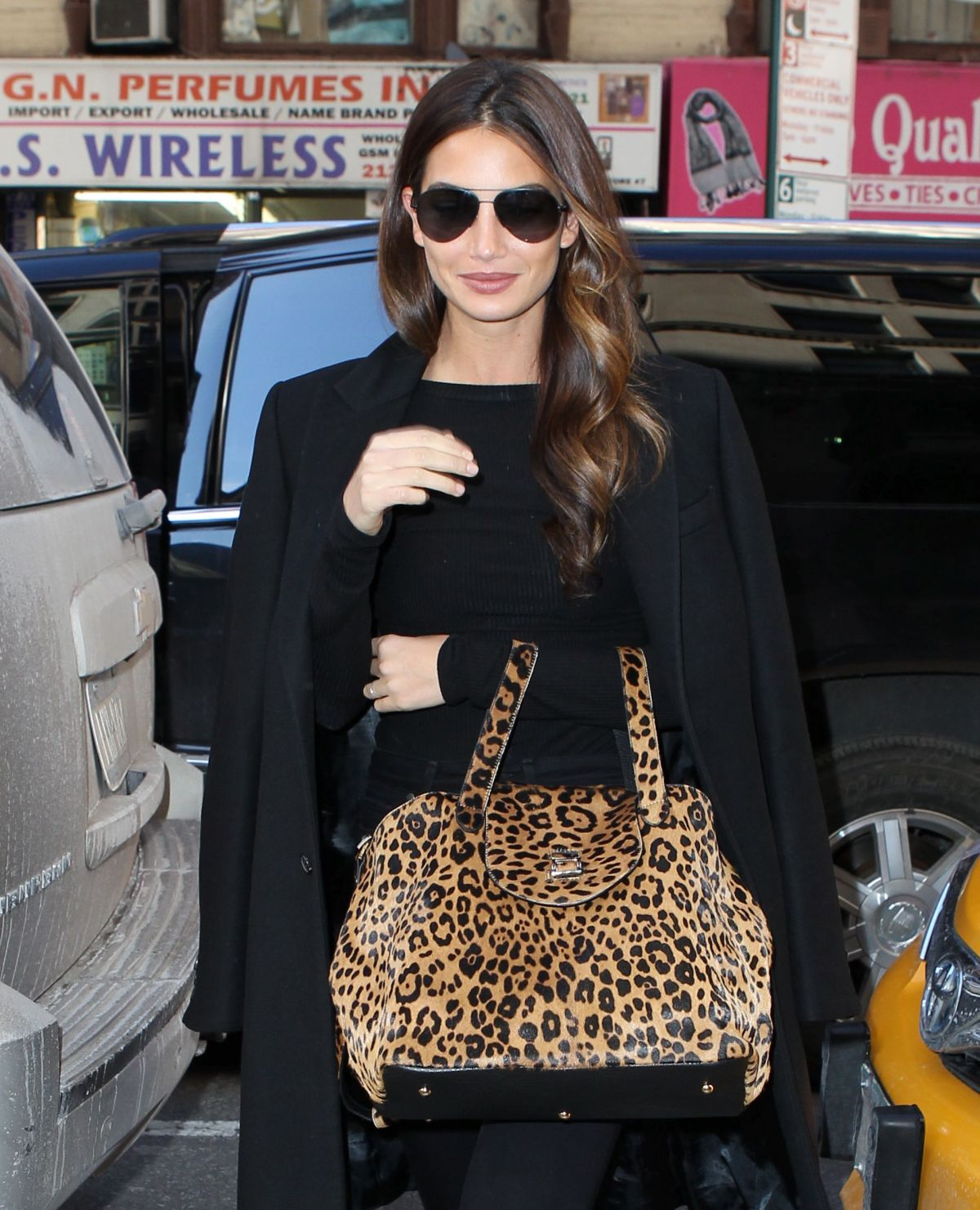 LILY ALDRIDGE Out and About in New York 0502