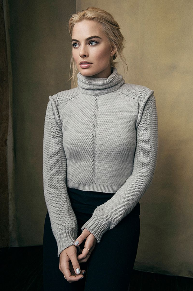 MARGOT EOBBIE - Portraits Photoshoot at 2015 Sundance Film Festival