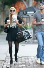 PARIS HILTON Out and About in Beverly Hills 3101