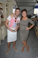 Pregnant TIFFANI THIESSEN at The Whole Foods Market Grand Tasting Village