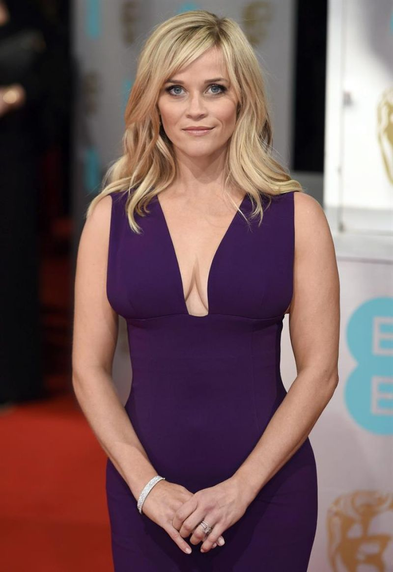 REESE WITHERSPOON at 2015 EE British Academy Film Awards in London