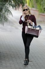 REESE WITHERSPOON Leaves Her Office in Beverly Hills 2702