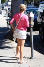 REESE WITHERSPOON Out and About in Brentwood 1402