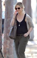 SARAH MICHELLE GELLAR Out and About in Brentwood 1002