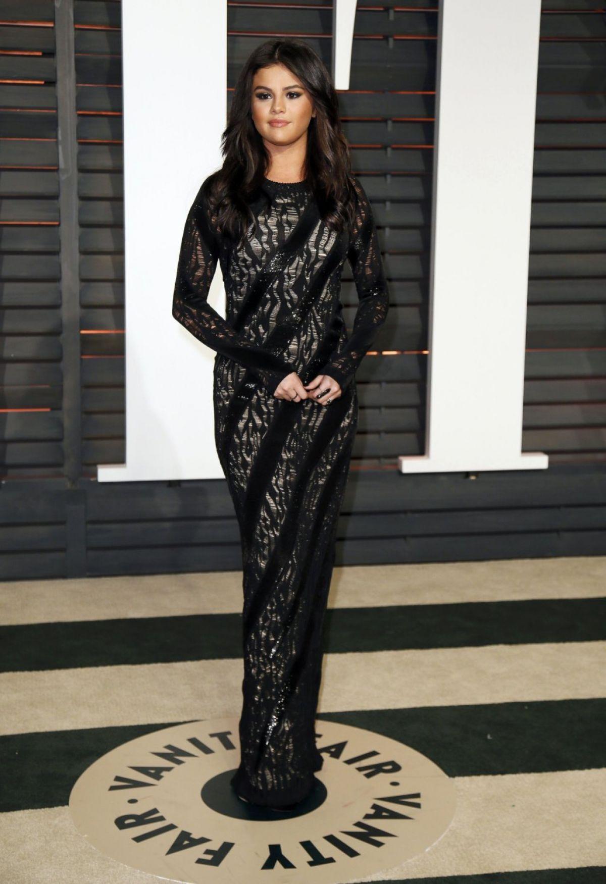 Selena Gomez At Vanity Fair Oscar Party In Hollywood Hawtcelebs