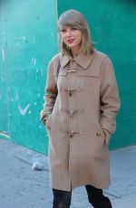 TAYLOR SWIFT Out and About in New York 1302