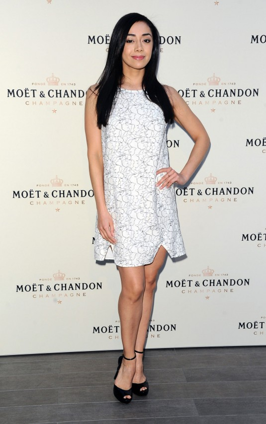 AIMEE GARCIA at Moet & Chandon Toasts Roger Federer's 1,000th Career Win