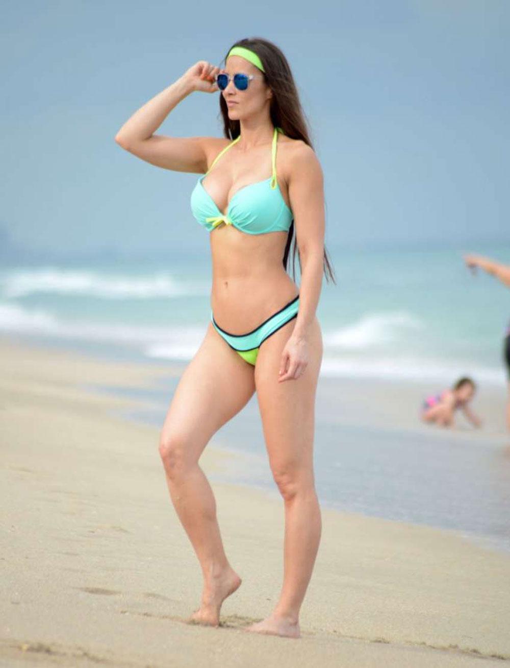 Images Anais Zanotti nude (77 photo), Tits, Fappening, Feet, braless 2020