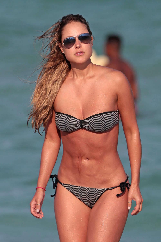 Vanessa In A Bikini 120