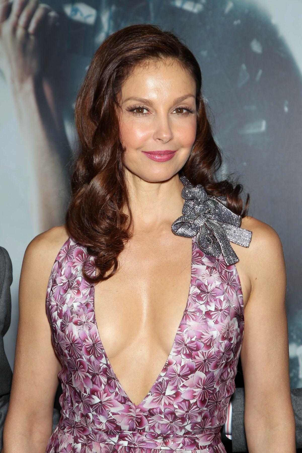 Ashley Judd Nue Photos - frbiguznet