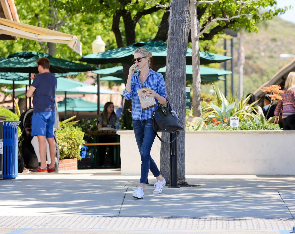 Charlize Theron In Jeans Out And About In Malibu Hawtcelebs