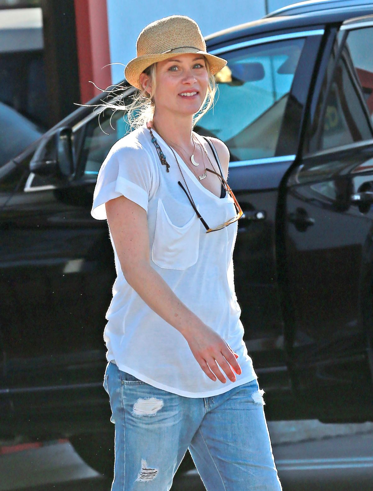 CHRISTINA APPLEGATE Arrives at Brentwood County Mart