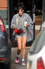 ELIZA DOOLITTLE Out and About in Primrose Hill