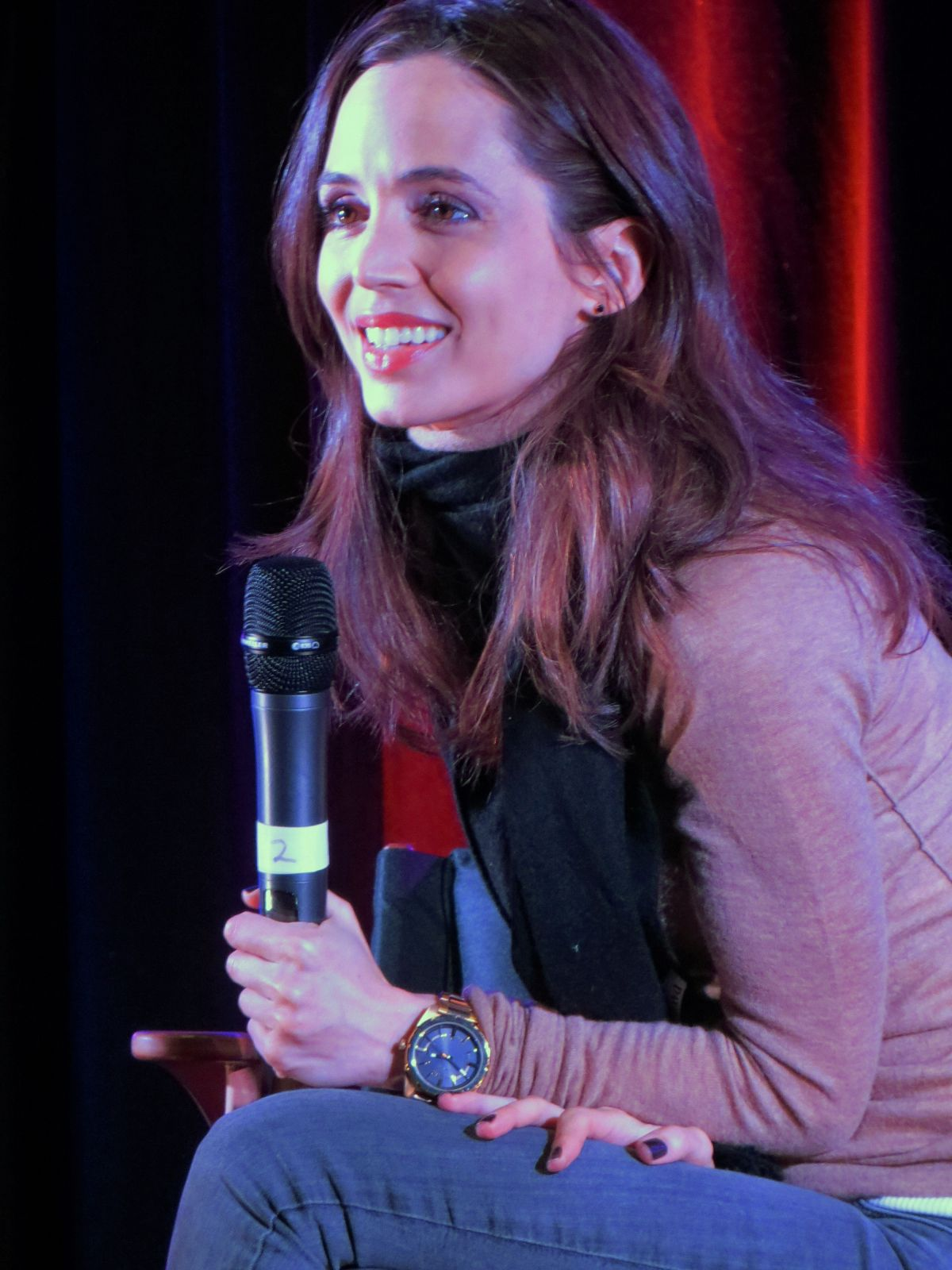 ELIZA DUSHKU at Wizard World Comic Con in Madison