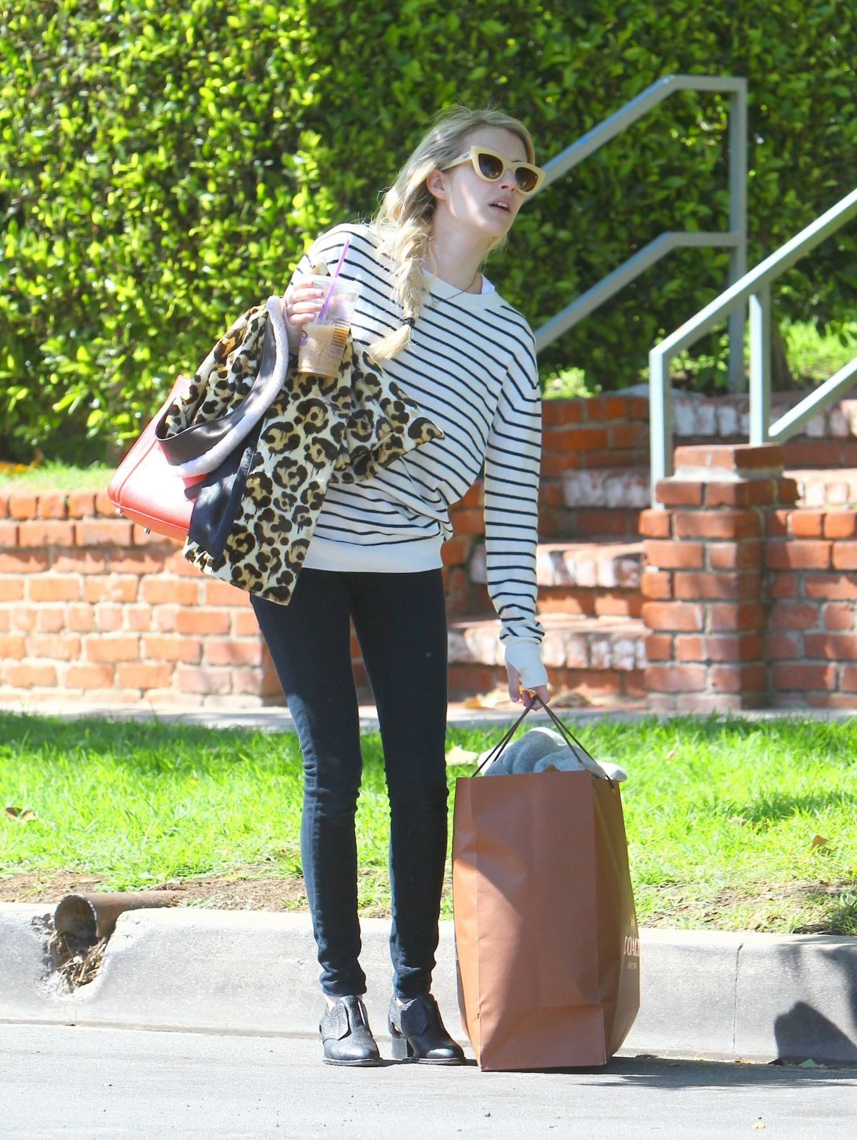 Emma Roberts Leaves Her Home In Los Angeles Hawtcelebs