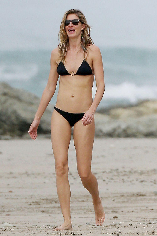 Gisele bundchen bikini photos