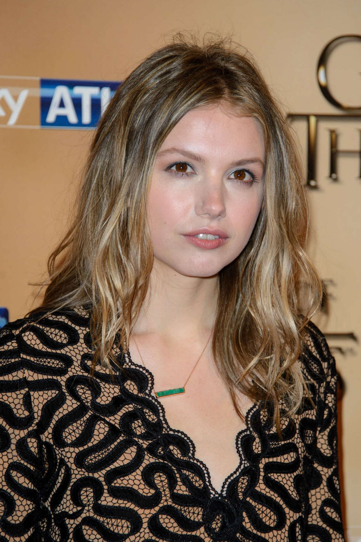 Paparazzi Hannah Murray nude photos 2019