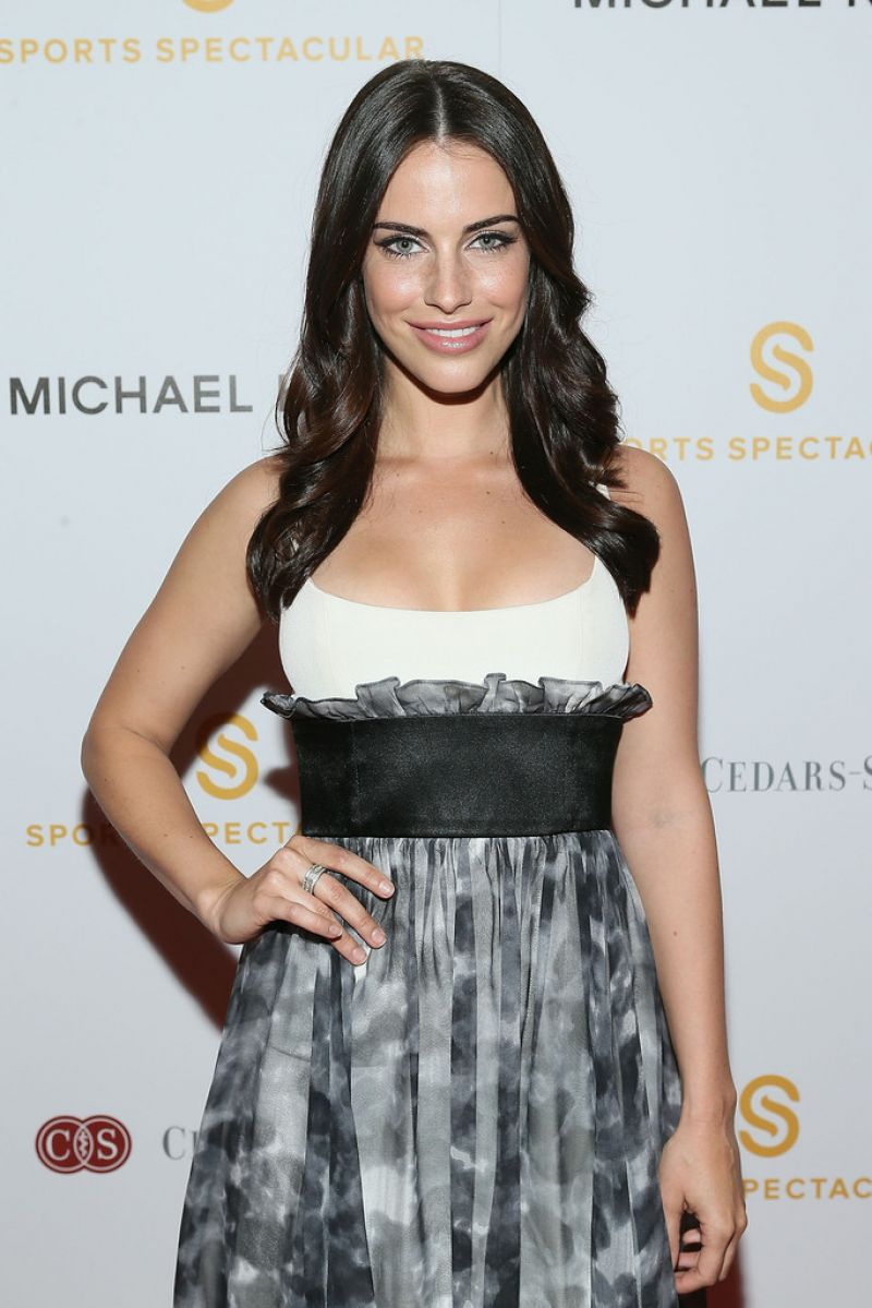JEESICA LOWNDES at Sports Spectacular Luncheon, Benefiting Cedars-sinai in Beverly Hills