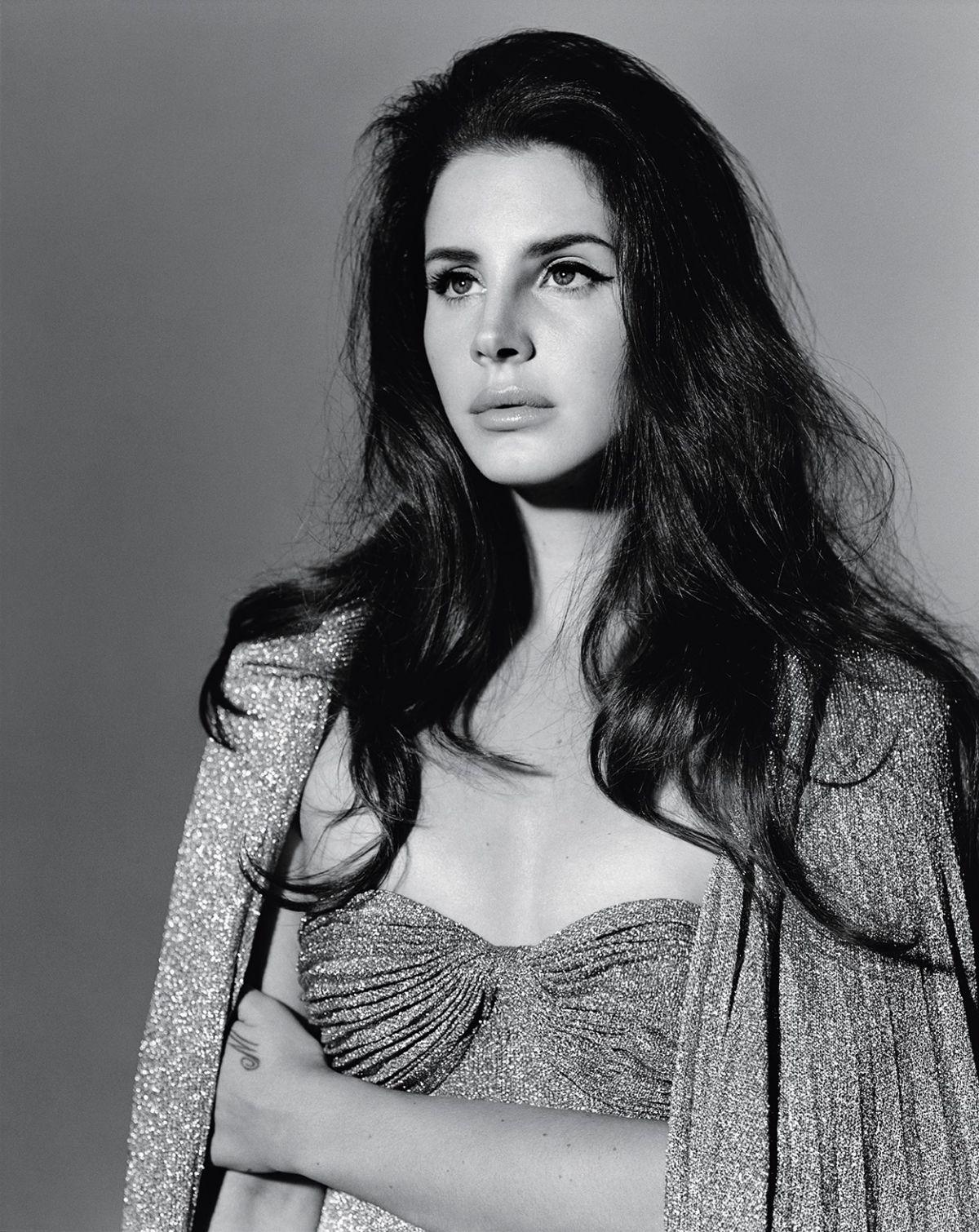 Lana Del Rey By Chris Nicholls For Fashion Magazine: Anothet Man Magazine Photoshoot By Alasdair