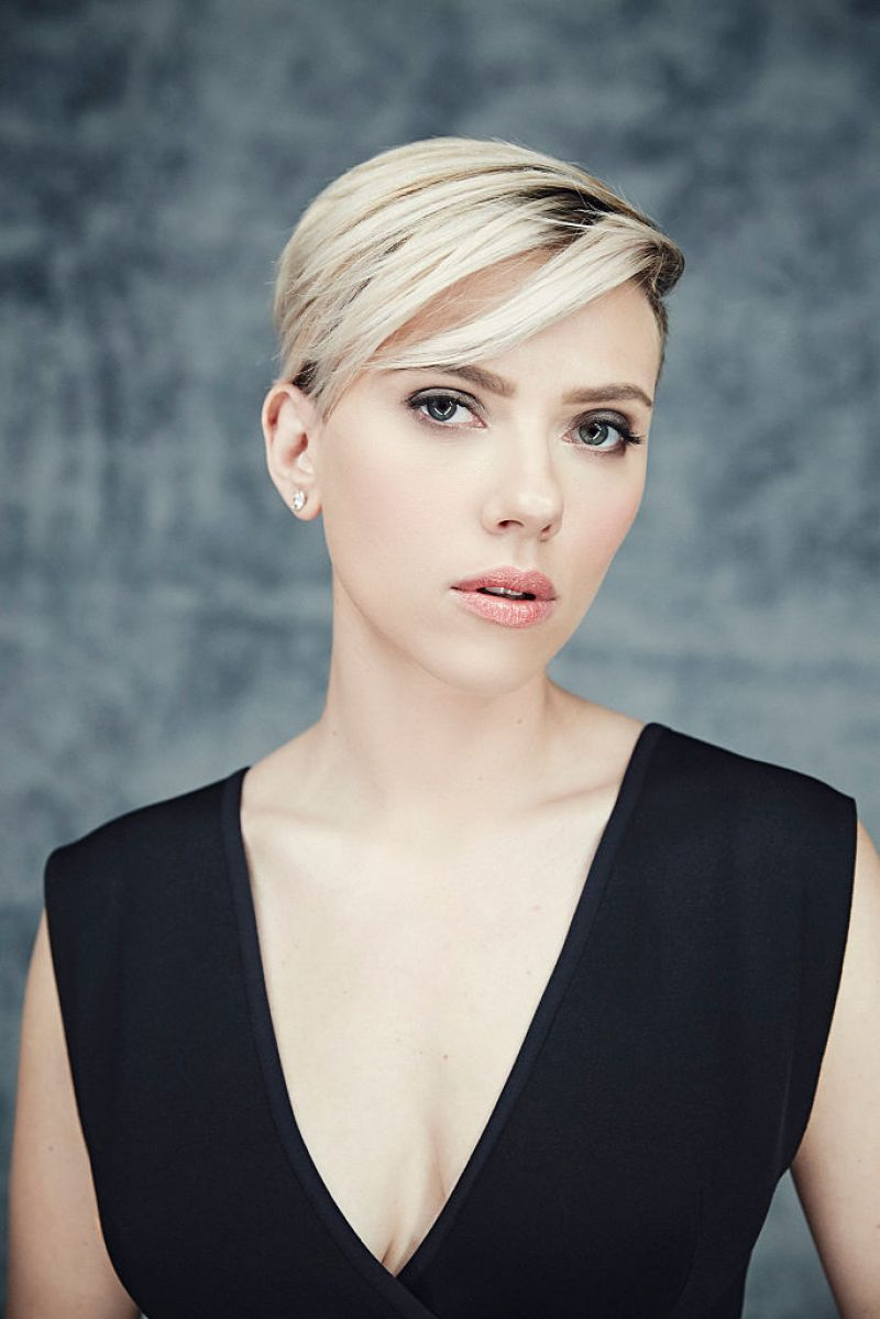 SCARLETT JOHANSSON – Smallz & Raskind Portraits for 2015 Film ...