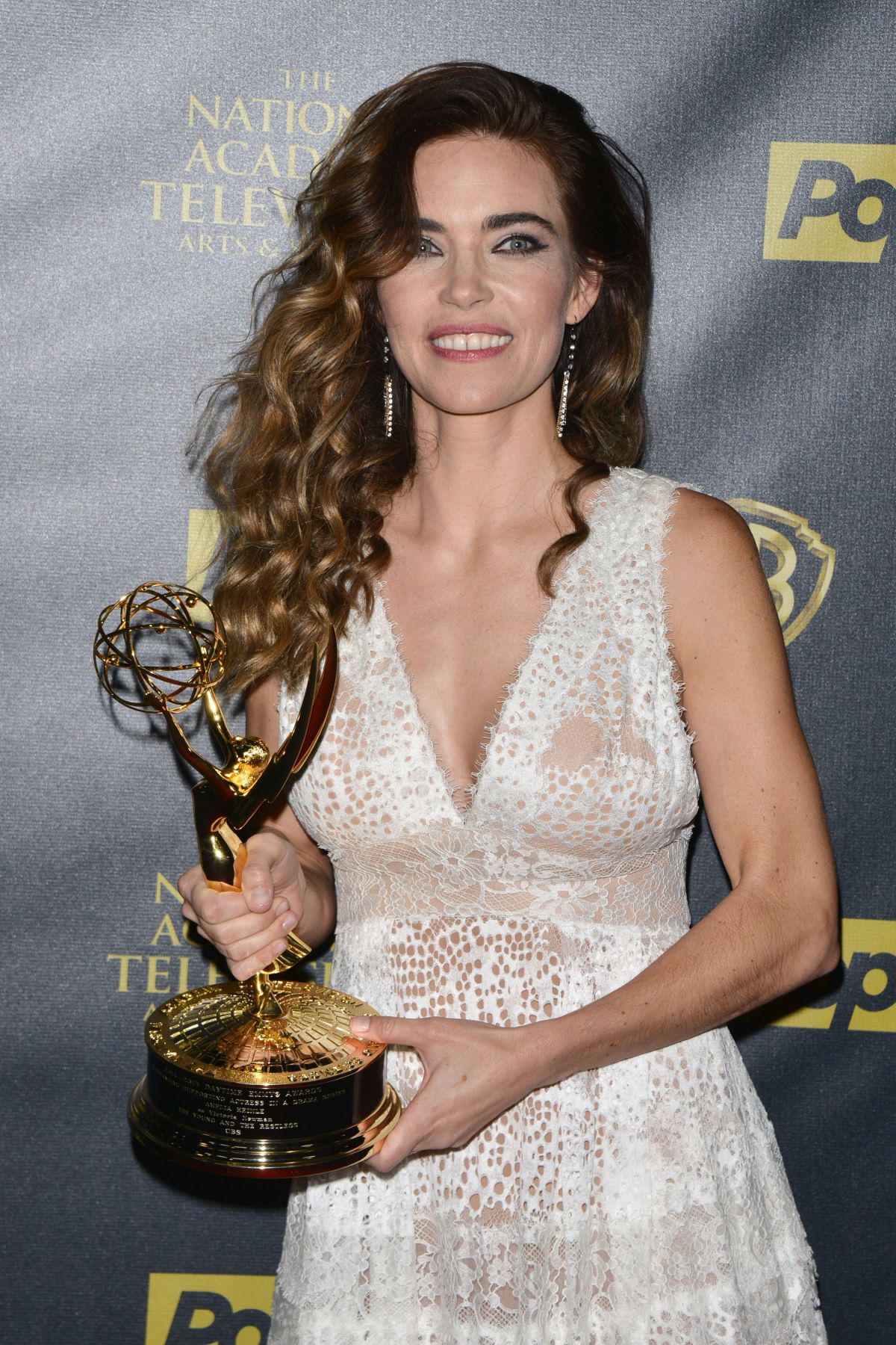 AMELIA HEINLE at 2015 Daytime Emmy Awards in Burbank