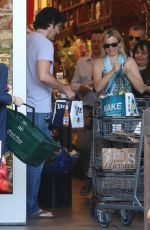 AMY SMART Shopping at Bristol Farms in West Hollywood