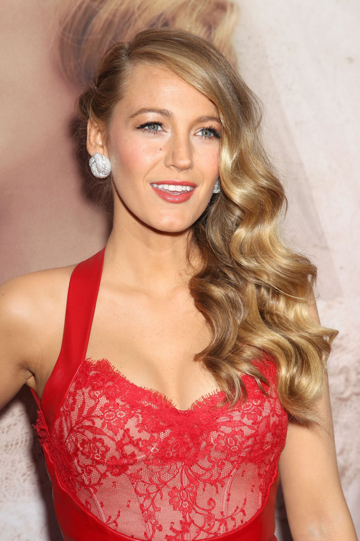 BLAKE LIVELY at The Age of Adaline Premiere in New York - HawtCelebs ... Blake Lively