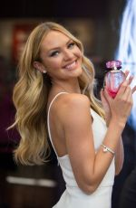 CANDICE SWANEPOEL at Victoria