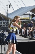 CASSADEE POPE Performs at 2015 Stagecoach California's Country Music Festival in Indio